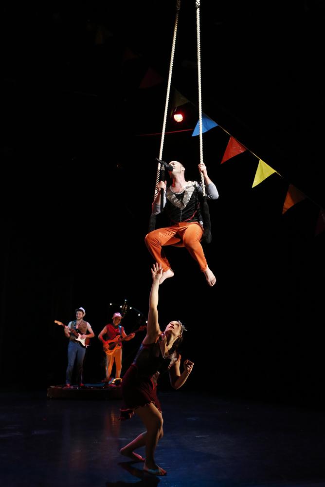 C 39 est quand qu 39 on va o galapiat cirque programme - Cirque electrique porte des lilas programme ...